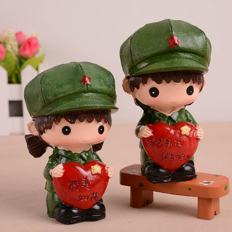 စစ်သားရုပ်ချစ်စဖွယ်စားပွဲတင်ကာတွန်းရုပ်လေးများ